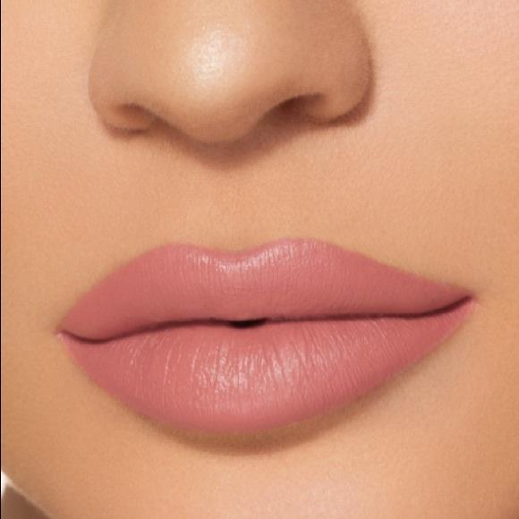 Kylie Cosmetics Other - Kylie Jenner lip kit velvet lipstick & liner Bare